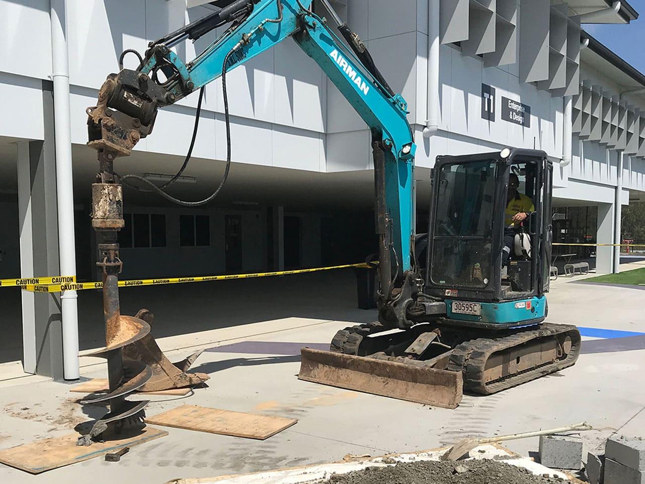 Dynamic Excavations 2T-Excavator