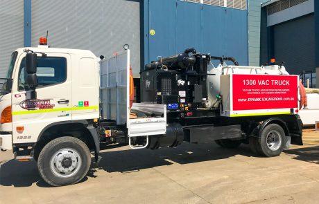 Dynamic Excavations 4WD-3000L-Vac-Truck