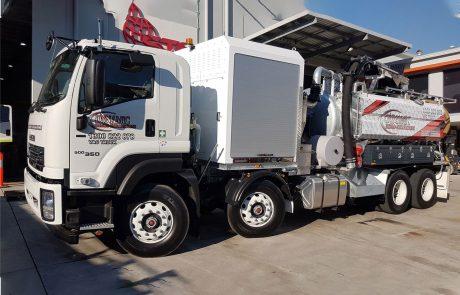 Dynamic Excavations 8000L-Vac-Truck2